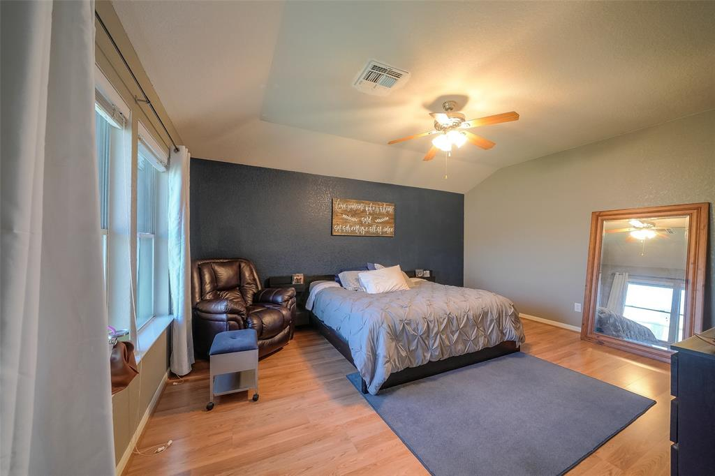Master Retreat is very spacious and features a beautiful accent wall!