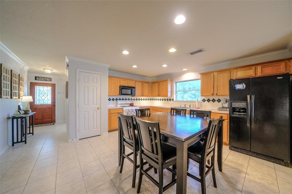Very spacious Kitchen is perfect for family gatherings.