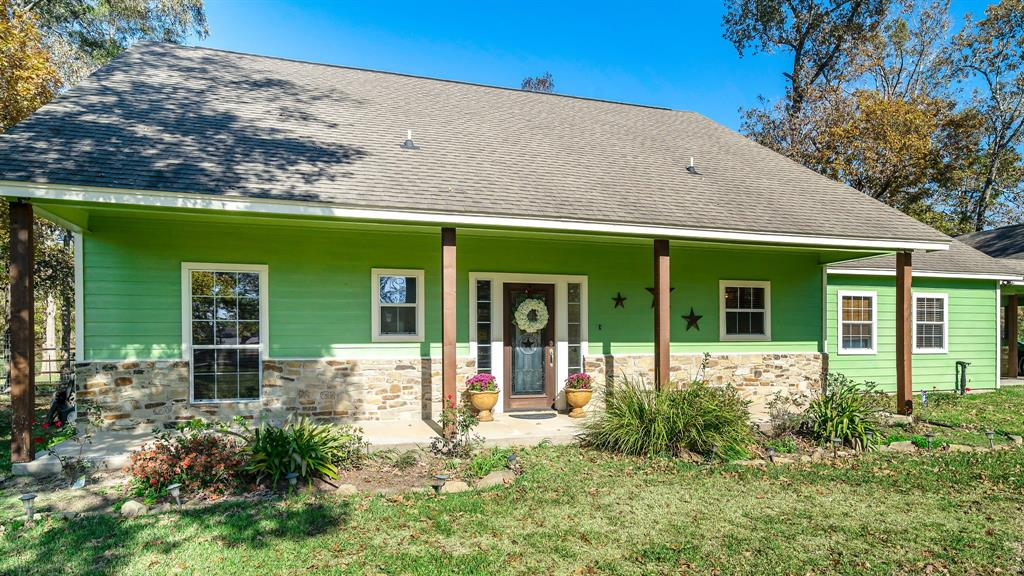 13115 Willis Waukegan Road, Conroe, TX 77303