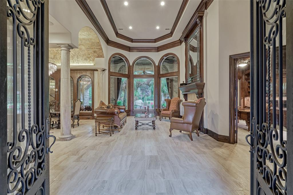 231 Starlight Place, The Woodlands, TX 77380