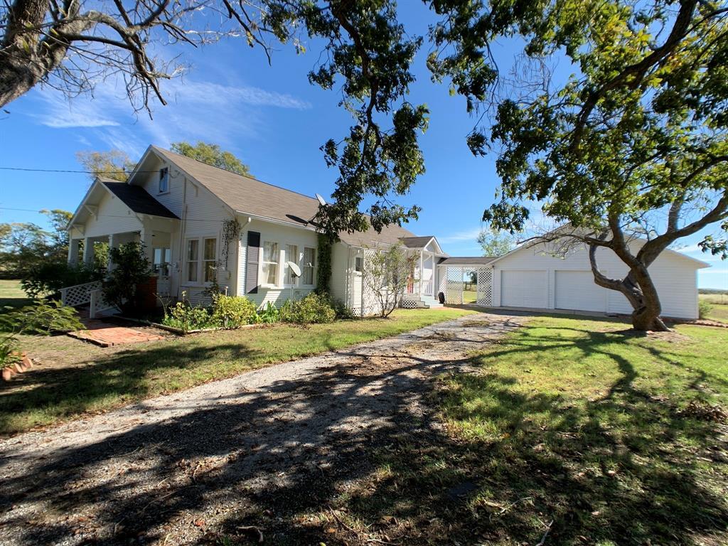 211 N Old Flynn Road, Marquez, TX 77865