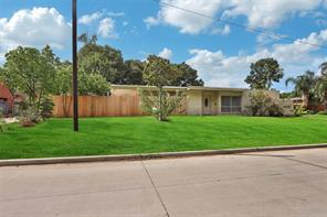 7838 Santa Elena Street, Houston, TX 77061