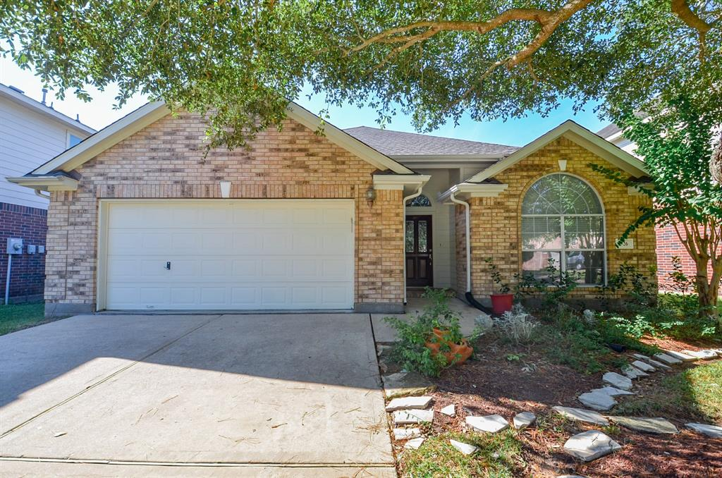 MAJOR PRICE REDUCTION ALERT!!!!WOW! SCHEDULE YOUR APPOINTMENT TO CHECK OUT THIS CHARMING HOME IN A GATED COMMUNITY. SPACIOUS ONE STORY 4 BEDROOM HOUSE WITH PLENTY OF SHADE. NEW ROOF RECENTLY INSTALLED IN NOVEMBER OF 2019. LAMINATE AND TILE FLOORS. COVERT PATIO NEAR MAJOR HIGHWAY FOR QUICK ACCESS. CONVENIENTLY LOCATED NEAR MAJOR SHOPPING CENTERS LIKE, FIRST COLONY MALL, BRAZOS SHOPPING CENTER AND THE GRID IN STAFFORD.