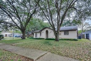 10107 Amblewood, Houston, TX, 77099