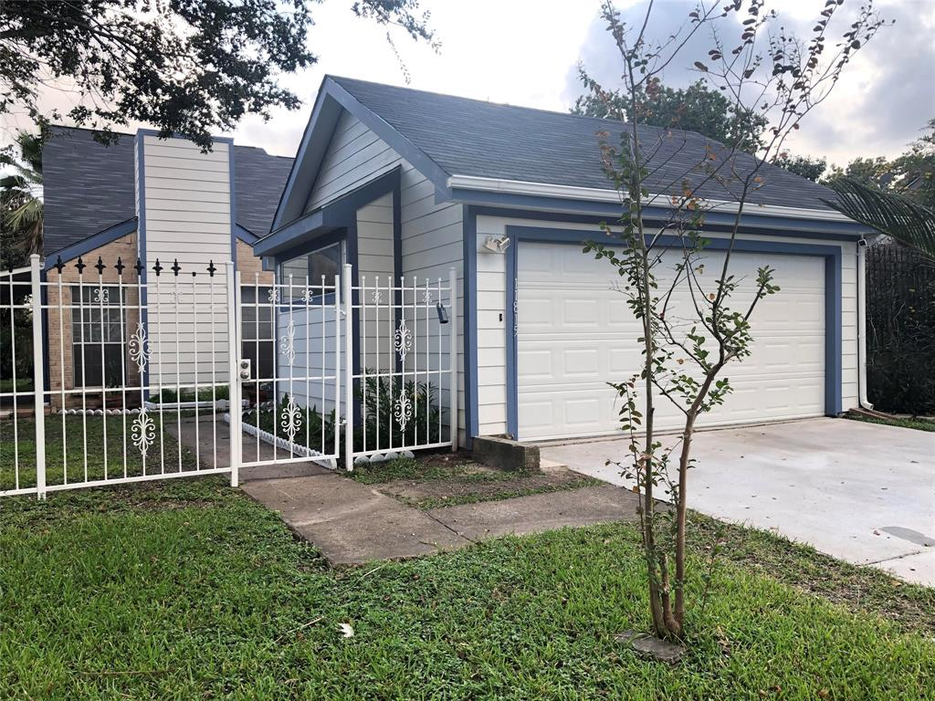 11815 Fairpoint Drive, Houston, TX 77099