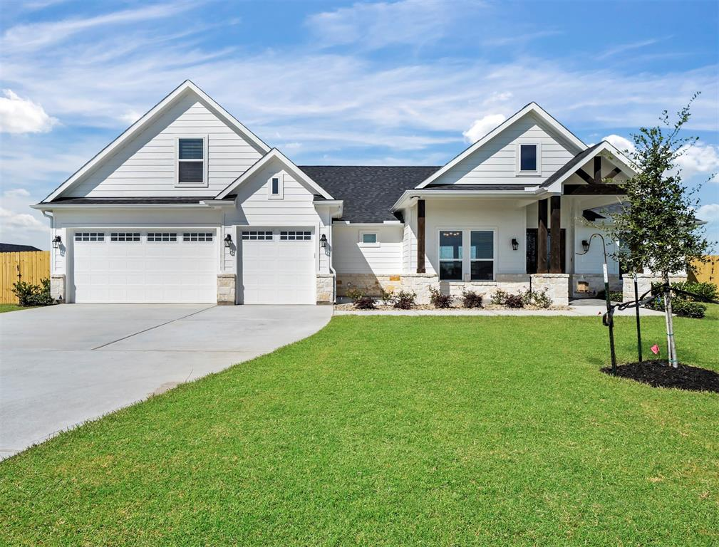 Stop by today and check out the latest built home in Horseshoe Estates subdivision. This gorgeous home sits on 1.056 acres and has plenty of room for a swimming pool addition or any outdoor activities. This home has 3 bedroom and a bonus room above the garage with a half bath. The family room has huge windows for plenty of light and beautiful country views. This home is located 15 minutes away from Brazos Town Center and is ideal for country living with the benefits of being close enough to shopping centers. Tax rate is low and excellent schools for the little ones. Needville ISD is one of the top school districts in the Houston area. Call today for a private showing.