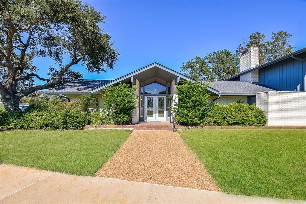 1305 Hodges Lane, Wharton, TX 77488