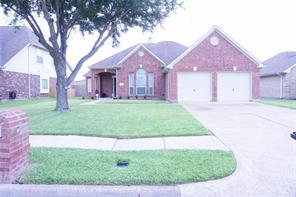 1615 Country Club Cove Drive, Baytown, TX 77521