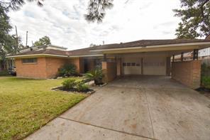 8322 wynbrook street, houston, TX 77061
