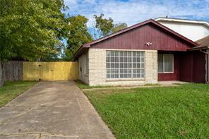 17112 Mercado, Houston TX 77083