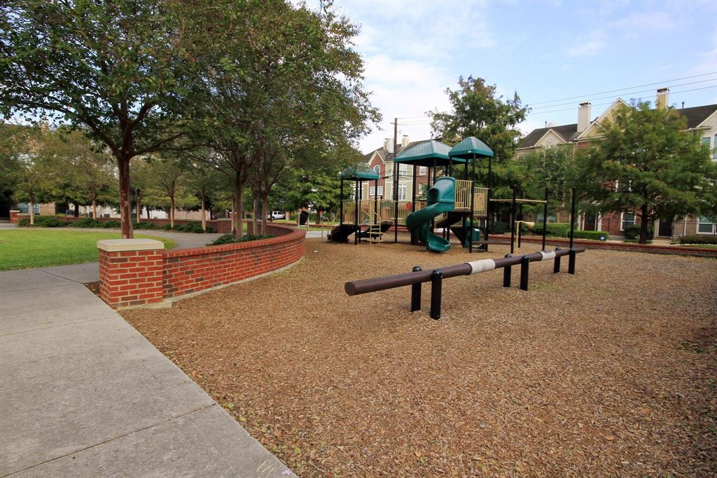 Park also includes playground for the kiddos.