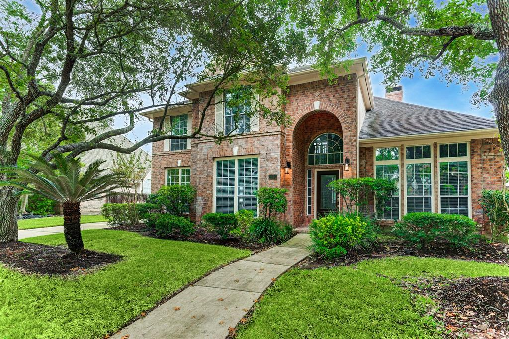 This elegant & well loved original owner David Weekley home boasts an amazing location within New Territory. Walk to lake, park, The Club, tennis courts, & pool. Less than 1 mi. to Walker Station Elem & short drive to new shops, restaurants & Smart Financial off of University. Relax & enjoy family & friends in the privacy of your own beautiful 4 bed, 3.5 bath home w/POOL! Versatile, perfect for entertaining floor plan features a grand foyer, generously sized living & dining w/soaring ceilings, private family room open to light filled kitchen, HUGE master w/sitting/flex space. Extensive Granite counters, updated stainless appliances, & recent flooring in kitchen, hardwoods & tile down w/recent carpet (2019) in upstairs bedrooms. Master bath w/granite. Interior walls & Exterior of home painted in 2019,Upstairs HVAC 2018, Downstairs A/C 2012, Roof 2008. Private backyard w/ NO BACK NEIGHBORS, 2 producing orange trees, SPRINKLER SYSTEM, pool re-plastered & filter installed in 2018, & more!