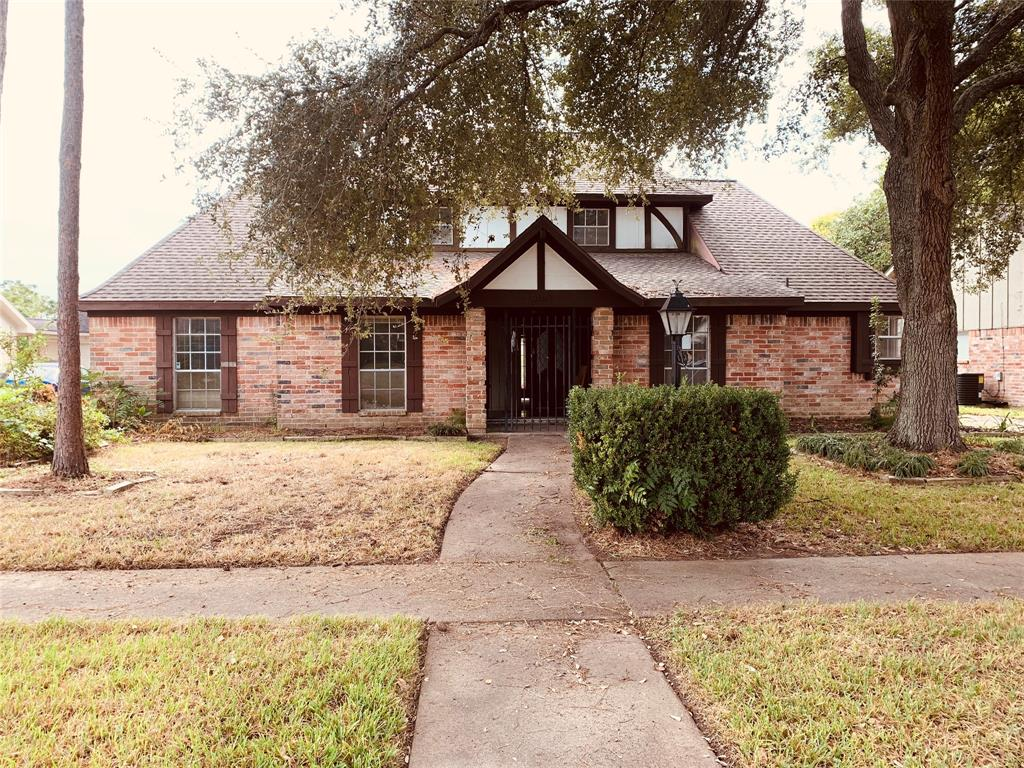 9103 Weymouth Drive, Houston, TX 77031
