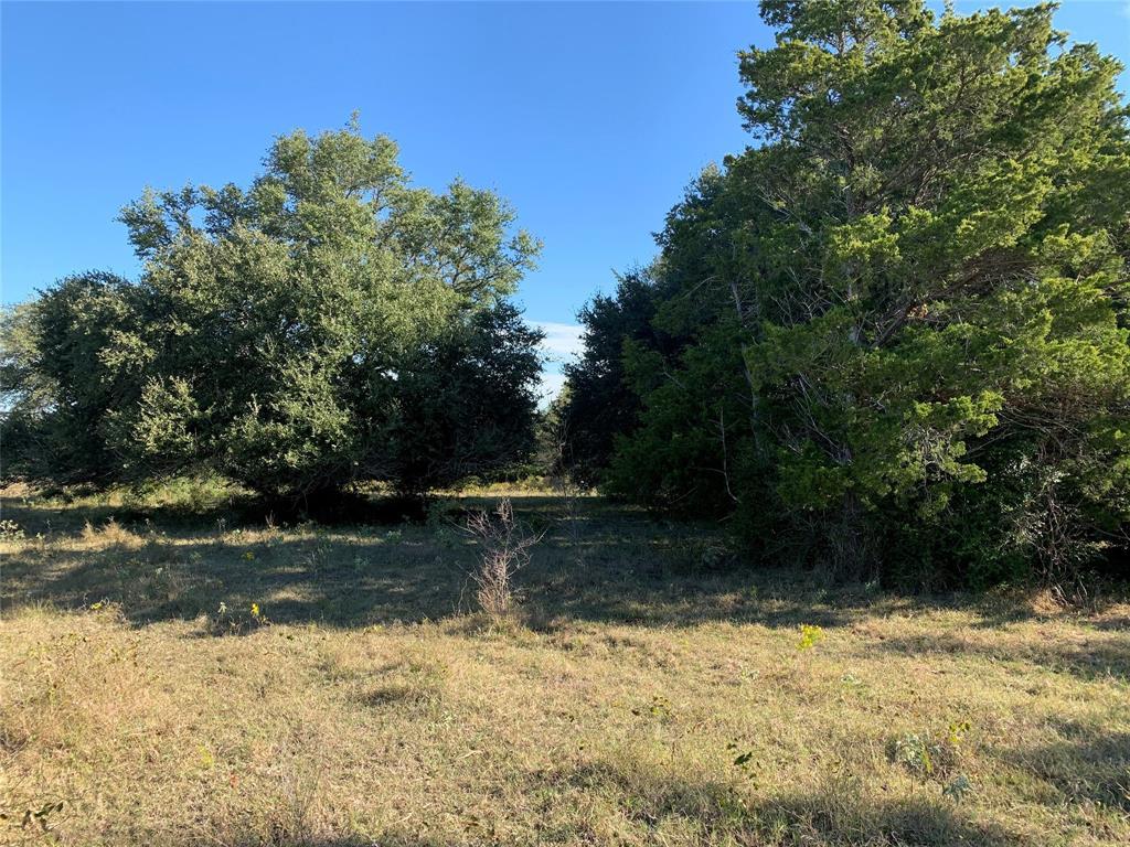 000 E Old Hallettsville Road, Flatonia, TX 78941