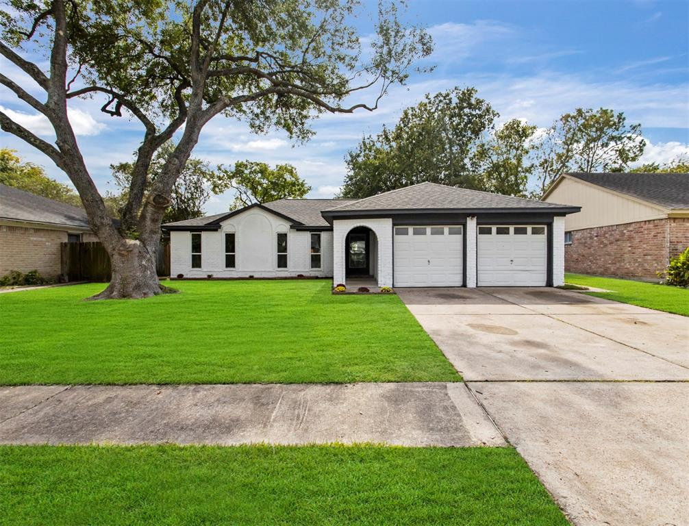 12123 Creekhurst Drive, Houston, TX 77099