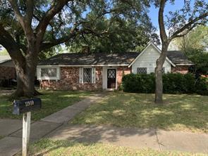 11910 Scottsdale Drive, Meadows Place, TX 77477