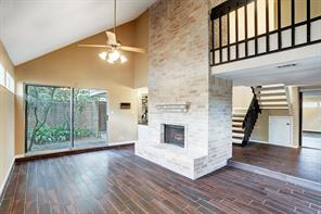 738 Country Place, Houston TX 77079