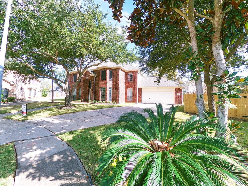Gated Community with easy access to Southwest Freeway.  2 Story, Master Suite down with walk-in closet, 4 Bedrooms, 3 Bath Rooms, 1 half Bathroom. Large Lot of 11,786sft, 3,746 Living sft. Updates include Roof 10/18, AC System 5/18, Interior Paint, Carpet,Tile, Wrought Iron Stair Rails.  High Ceiling in Den, Living, Formal Living and Foyer. Generous Space and layout throughout. Large walk-in Pantry, Game Room up with Vaulted Ceilings. Study down with closet could be 5th bedroom. Huge covered patio at backyard which is great for entertaining your guest.