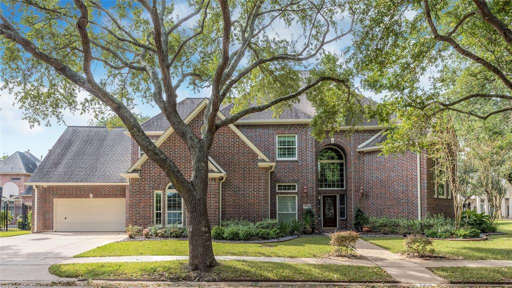 Rare opportunity to own spectacular, completely updated, move-in-ready Oyster Point home with gorgeous salt water pool. This two-story, brick, 4-bed, 4-bath home boasts tons of space to spread out with charming touches, such as a private library on its own mezzanine level and a newly added bar (2019) in the game room. New carpet and modern wood-look tile floor (2019). Interior paint (2019), exterior paint & windows (2017). Gather in the extra-large kitchen featuring cathedral ceilings and magnificent views of the professionally landscaped backyard and pool area. Roomy utility room has plenty of storage, sink and counter space. All bedrooms are generously sized, including the owner's suite with spectacular views and access to the back patio. Private backyard is dotted with shade from mature trees. 2 garages accommodate 3 cars and have additional workspace! Generac full-house generator (2018). Oyster Point Clubhouse, pool & tennis, plus use of First Colony's amenities. Top FBISD schools!