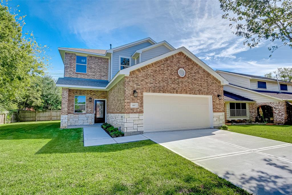 GORGEOUS 2 story home with modern finishes! 4 bed 2 full baths, one-half bath, game room beautiful master bedroom with large walking closets, one for her and one for him. Bath w/double sink vanity-separate shower separate toilet room, kitchen complete with granite countertops, Stainless Steel appliances, large backyard.