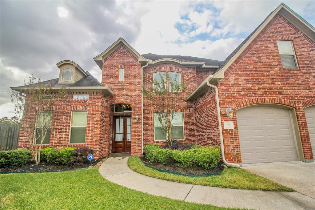 5 Stonebrook Court, Beaumont, TX 77706