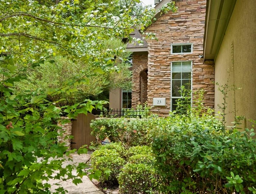 """OPEN HOUSE Sat, Nov 9, 1-3PM! BEST PRICE in Grogans Forest.NO CARPET in this Easy-Care Home 5 min from Hughes Landing,Town Center,Market Street!Small 25 unit townhome complex.This one backs to greenbelt (no road behind). Washer,dryer,refrigerator included.ALL the space you could want:Master and separate Study down,2 bedrooms+gameroom+ xtra room designatd as """"office by builder"""" and just off the gameroom-these are up.HUGE master closet adjoins the laundry/utility room.Outside patio area with oversized deck.Pets on a case by case."""