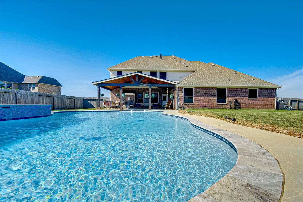 4110 Wilburn Ranch Drive, Mont Belvieu, TX 77523