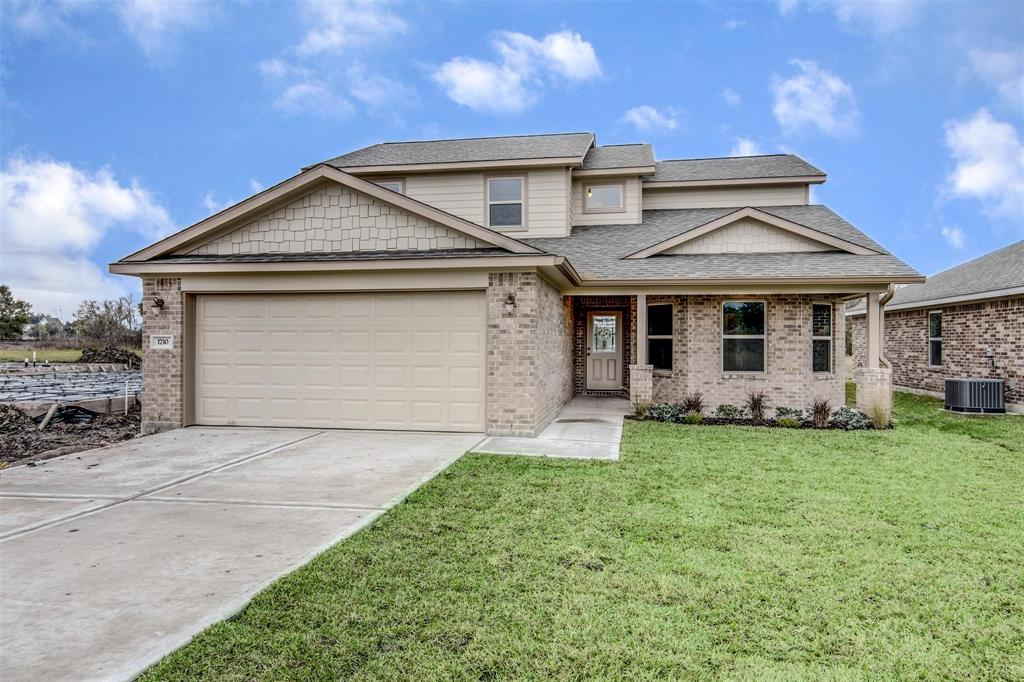 1710 Avenue J, Danbury, TX 77534