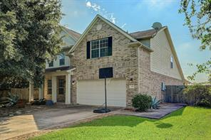 1920 lazy hollow lane, pearland, TX 77581