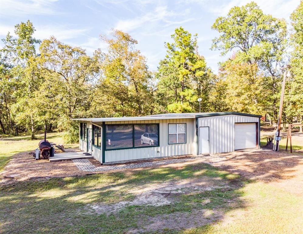 532 CR 3558, Broaddus, TX 75929