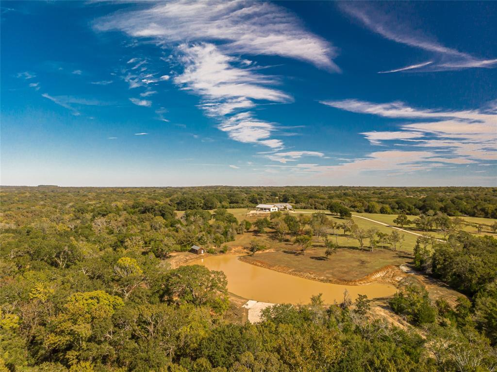 4999 Pin Oak Road, Franklin, TX 77856