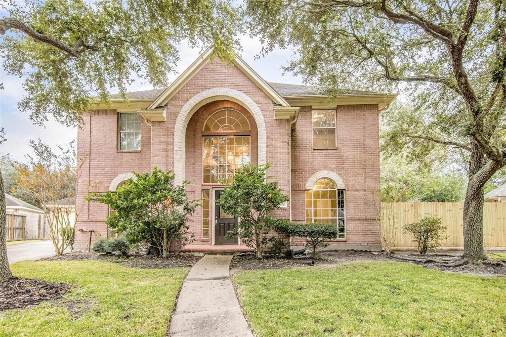2117 Enchanted Lake Drive, League City, Texas 77573, 4 Bedrooms Bedrooms, 10 Rooms Rooms,2 BathroomsBathrooms,Rental,For Rent,Enchanted Lake,55116701