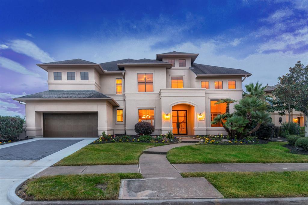 2914 N Island Drive, Seabrook, TX 77586