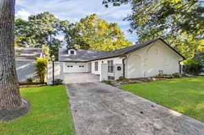 10606 Bayou Glen