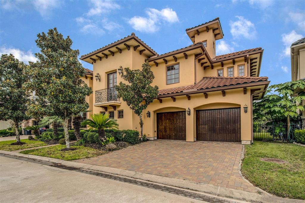 15402 Oyster Creek Lane, Sugar Land, TX 77478