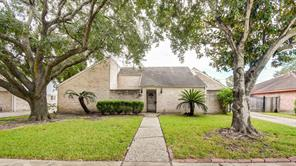 10718 Braes Forest, Houston TX 77071