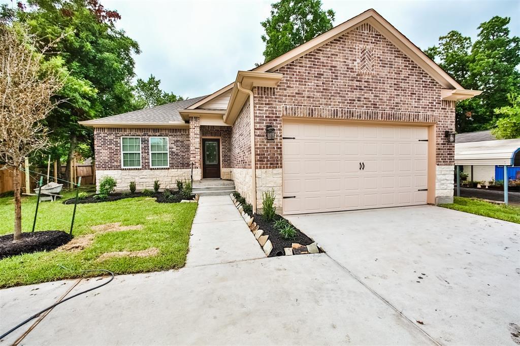 610 Edgebrook Drive, Houston, TX 77034