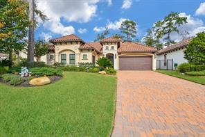 22 Moatwood Court, The Woodlands, TX 77382