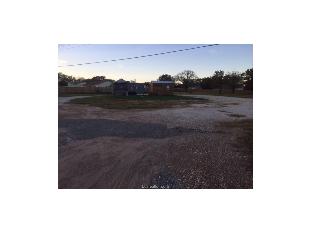 108 FM 485 Farm to Market Road, Hearne, TX 77859
