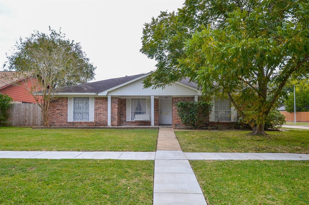 9239 Rentur Drive, Houston, TX 77031