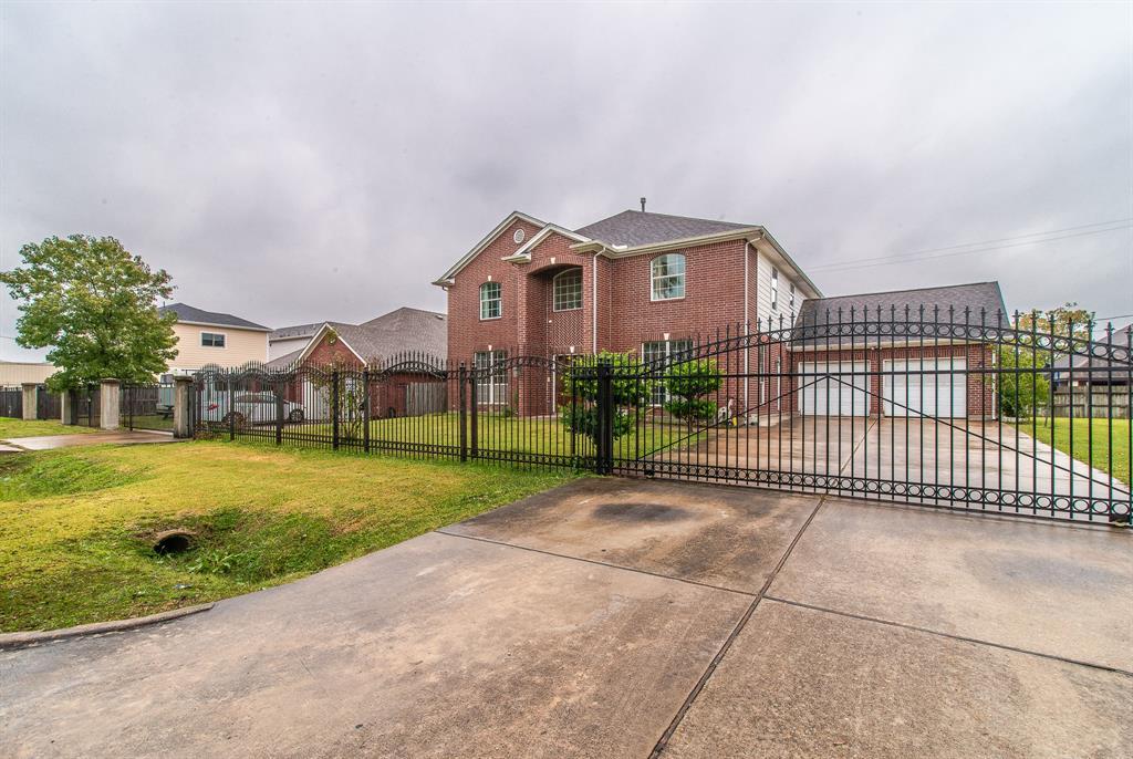9634 Grannis Street, Houston, TX 77075