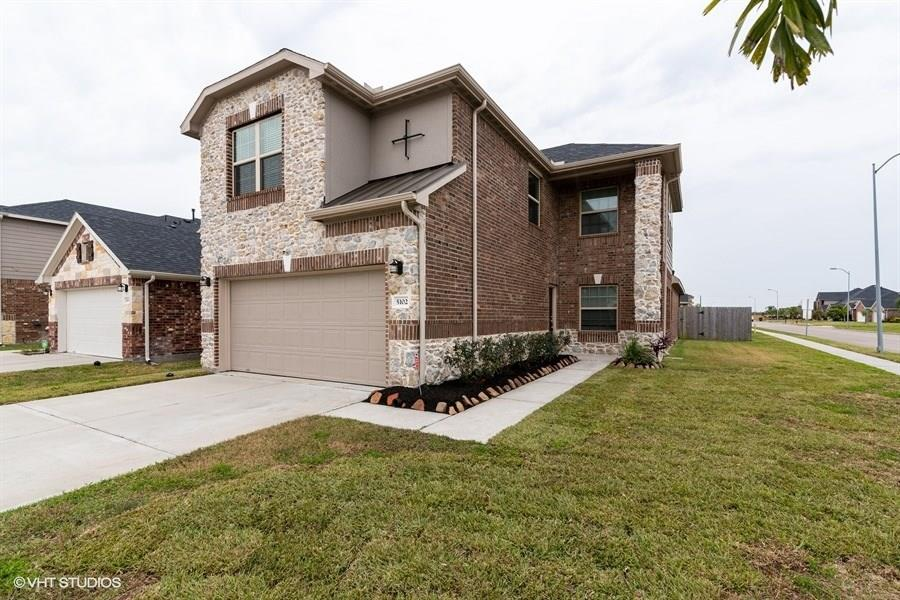 5102 Bay Lane, Bacliff, TX 77518