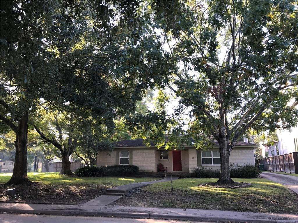 """Wonderful 8524 SF lot on desirable Grennoch Lane with beautiful mature trees out front.  Walk to Mark Twain, YMCA, Park and Library.  Flooded during Alison and Harvey per seller. Excellent investment opportunity to build your dream home in an amazing neighborhood.  Property sold """"AS IS"""" in its present condition for lot value.  Seller will make no repairs.  Granite island top not included. Verify room sizes and do your due diligence. Buyer to purchase new survey. Empty lot next door on the corner (not owned by seller)  has been undeveloped for 18+ years."""