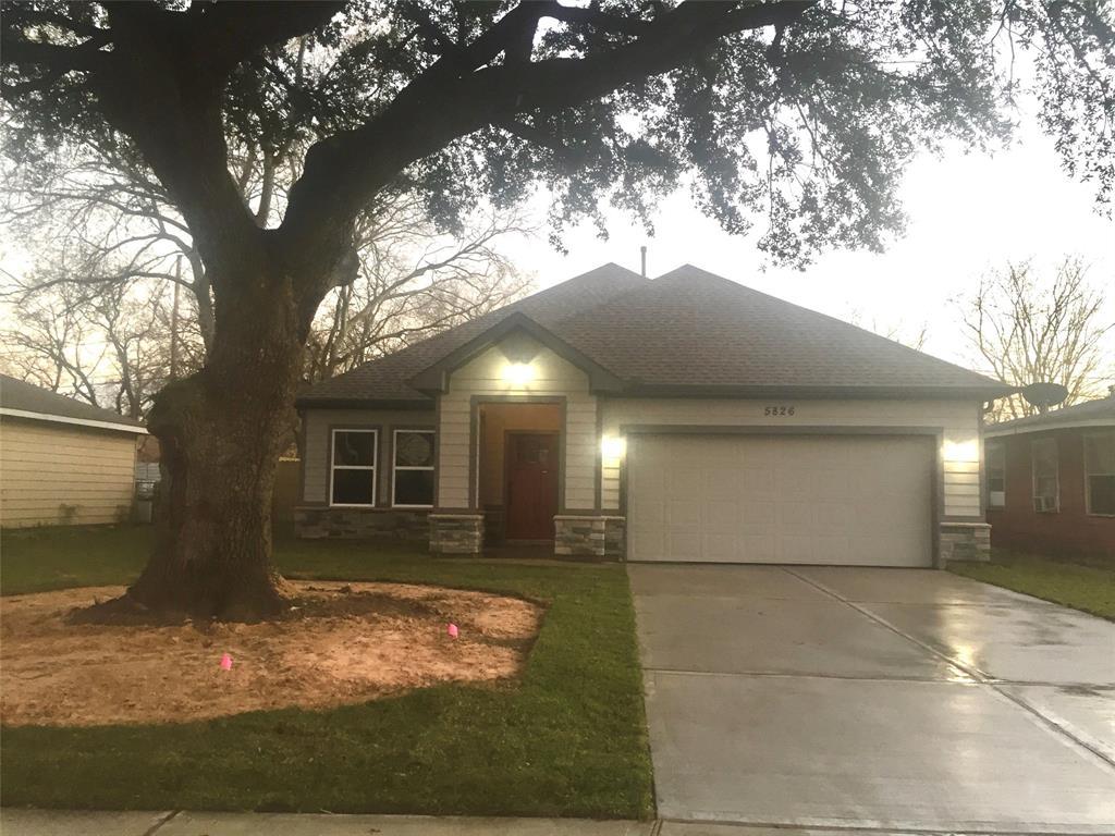 5826 Glenhurst Drive, Houston, TX 77033