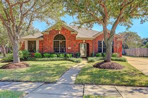 2818 Amber Dale Court, Houston, TX 77059