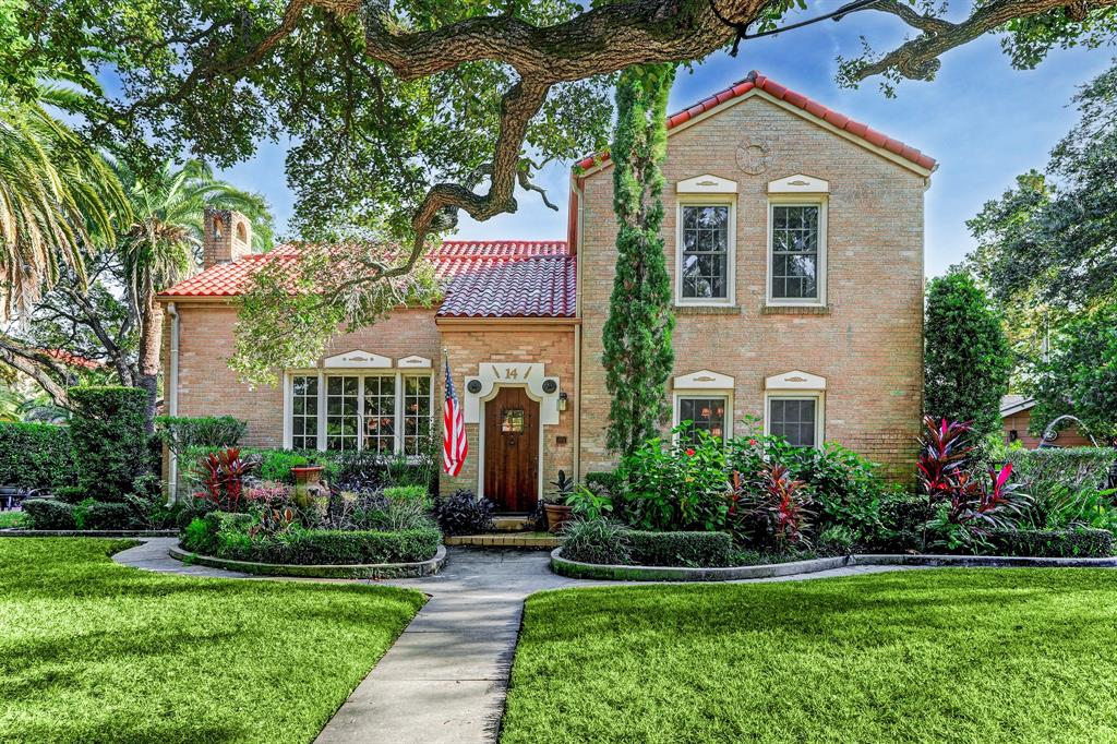 14 Cedar Lawn Circle, Galveston, TX 77551