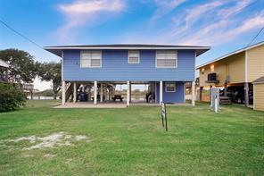 3784 fm 2031 beach road, matagorda, TX 77457