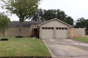 855 Shadwell Drive, Houston, TX 77062