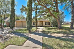7627 Green Lawn, Houston TX 77088