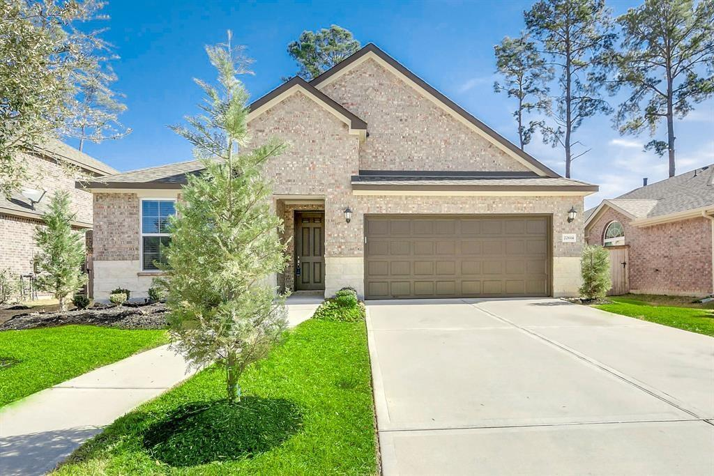 Thank you for your interest on my listing. One story open concept home, lots of natural light. Just a few minutes from Exxon Mobil Complex, I-45 or The Woodlands. Sawmill Ranch is a great community to live! Visit this spacious home today!